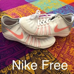 Nike Free Sneakers - brand new!
